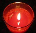 Kerze brennt gleichmässig